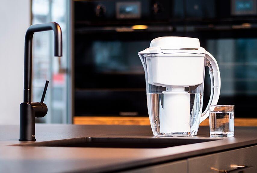 Филтрираща кана - система за пречистване на вода J. SHMIDT 500
